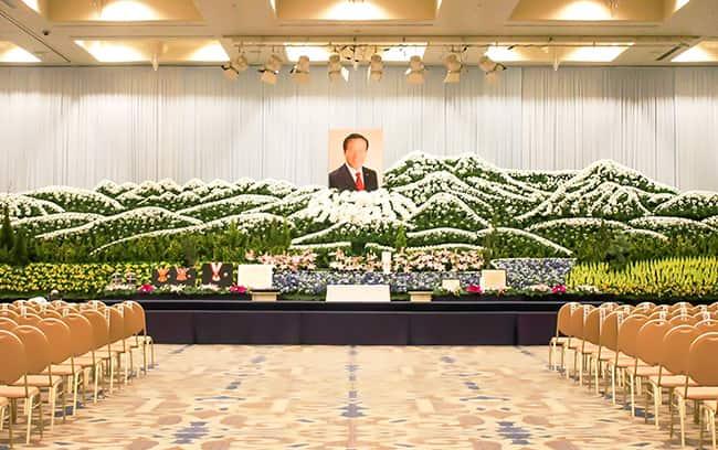葬儀生花祭壇・お別れ会