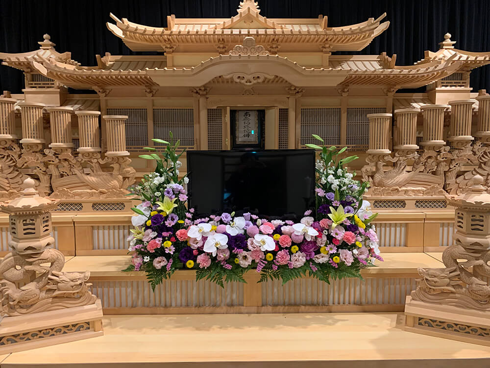 葬儀祭壇花1
