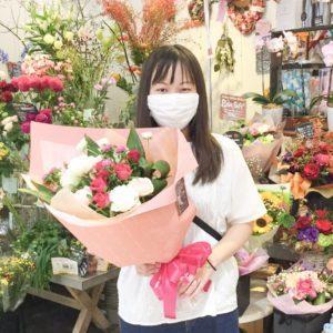 【笑顔を運ぶ花贈り】おばあちゃんのお誕生日に