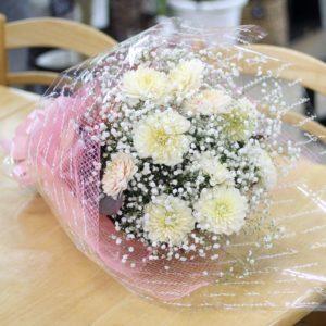 【今日の花贈り】9/27 スタッフの誕生日にバースデーブーケを