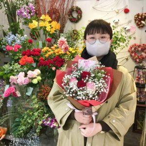 【笑顔を運ぶ花贈り】いい夫婦の日にご両親へお花のプレゼント