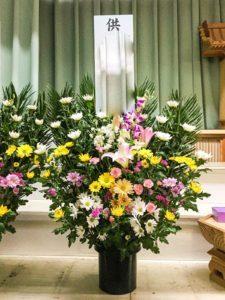 【事例紹介】故人を偲ぶお供えスタンド花