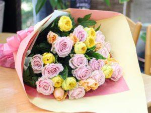 【今日の花贈り】80歳の誕生日に贈る花束